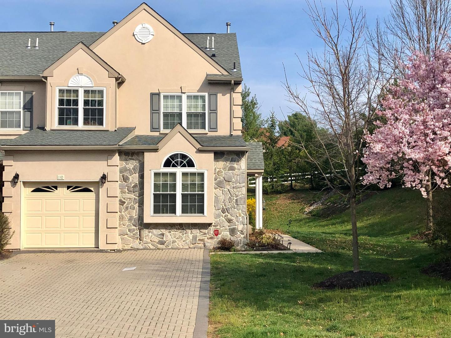 Brilliant 110 Donna Dr Plymouth Meeting Pa 19462 Mls Pamc603618 Howard Hanna Home Interior And Landscaping Fragforummapetitesourisinfo