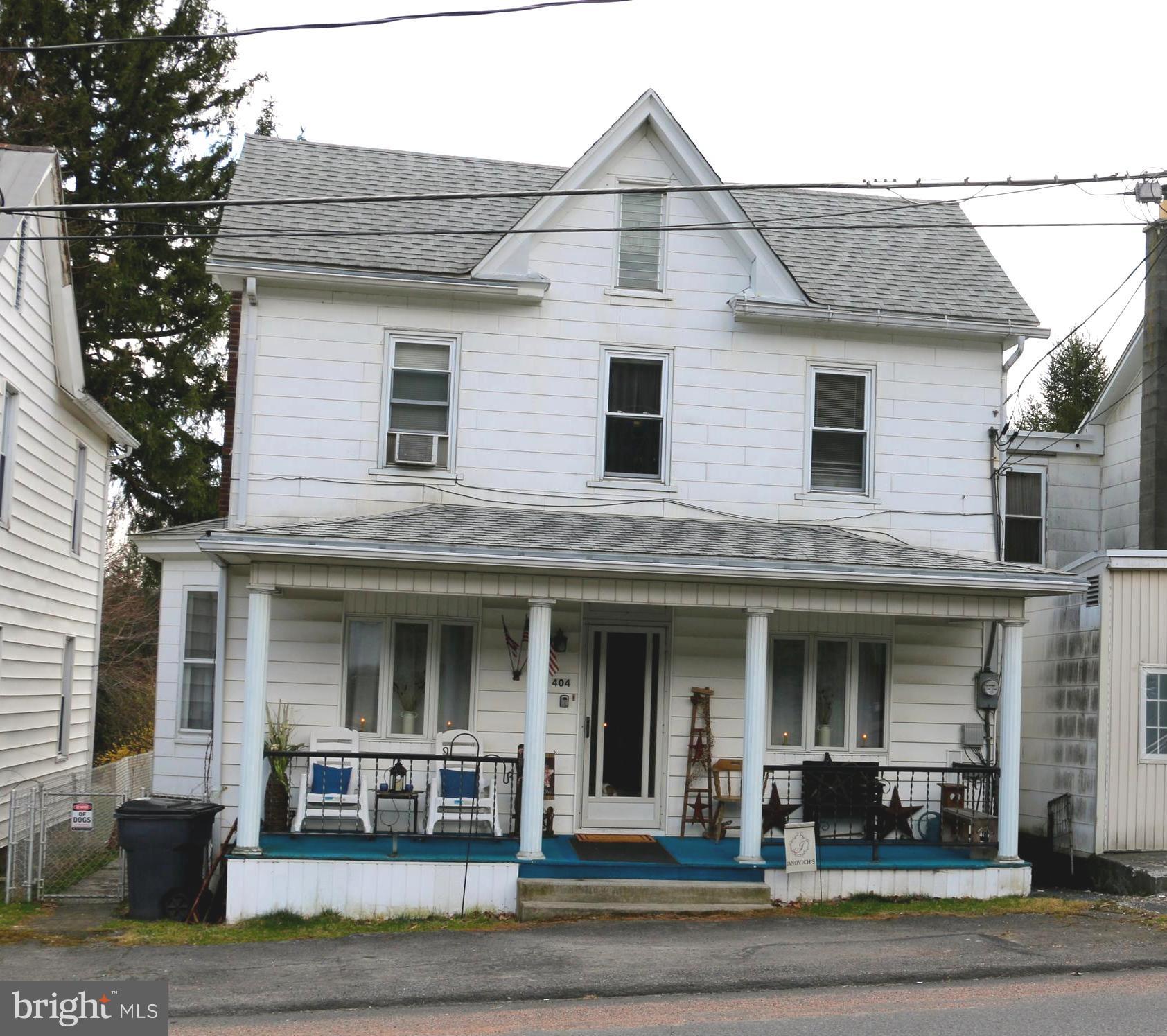 404 MAIN STREET, LAVELLE, PA 17943