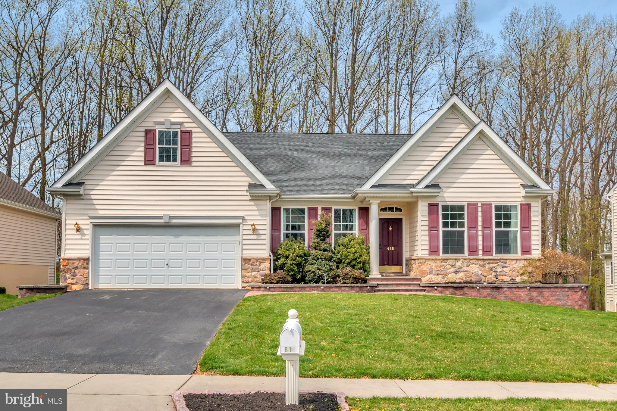 819 COLORADO DRIVE, NEWARK, DE 19713