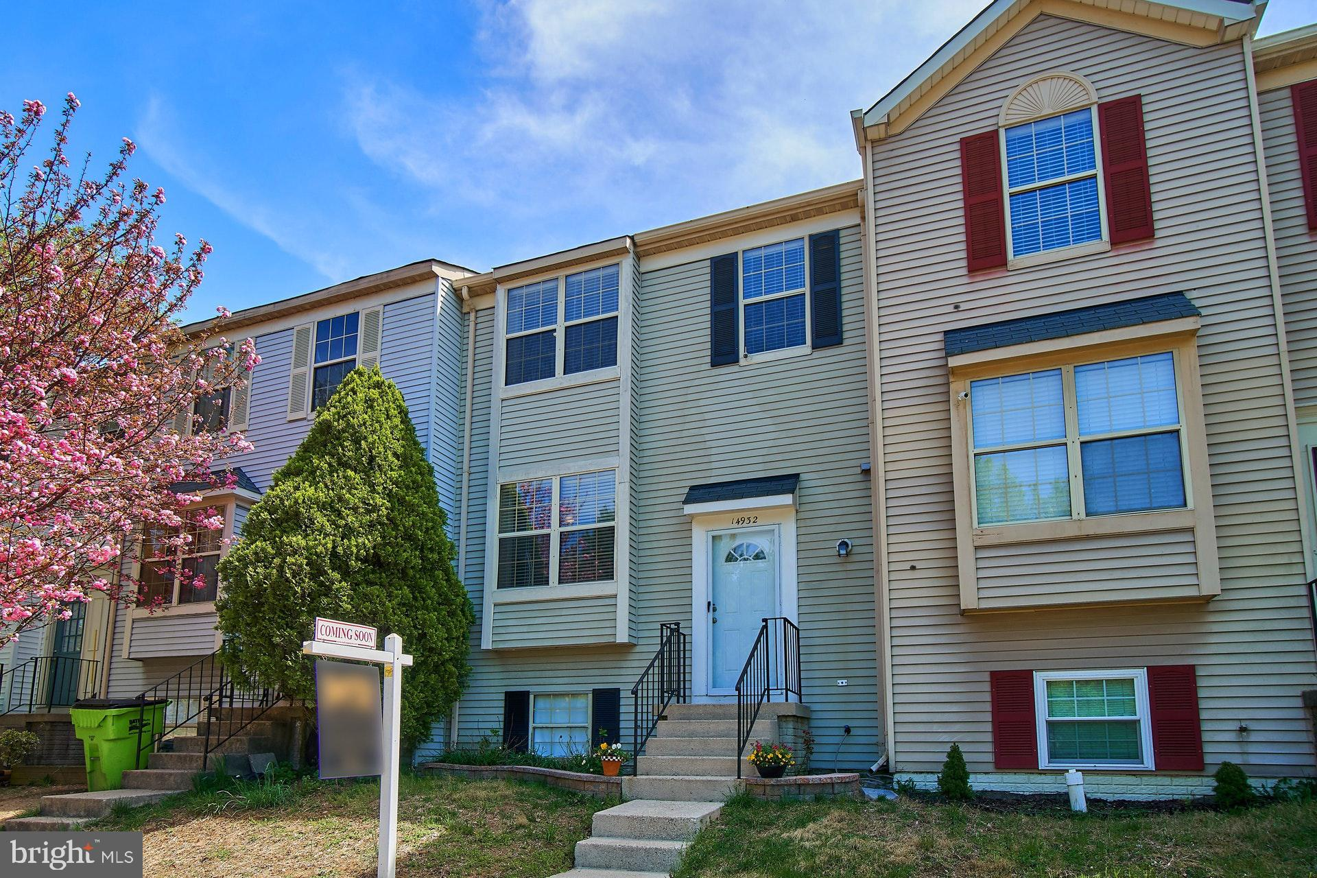 Gorgeous 4 bedroom & 3.5 bath townhome that has been updated from top to bottom.  Gourmet kitchen features cherry cabinets, granite counters, designer backsplash, stainless steel appliances, and bar seating.  Gleaming hickory wood floors on the main and upper level and recessed lights throughout.  Large living room has wood-burning fireplace and opens to a spacious deck prefect for grilling and entertaining.  All bathrooms have been updated, and the home is freshly painted.  Lower level offers family room, 4th bedroom & full bath plus additional storage.  Just minutes to 95 and Stone Bridge shopping center with Wegmans, Apple, Bar Louie, Starbucks and Duck Donuts.