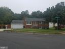 14100 Maverick Ct