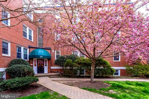 22 Old Glebe Arlington VA 22204