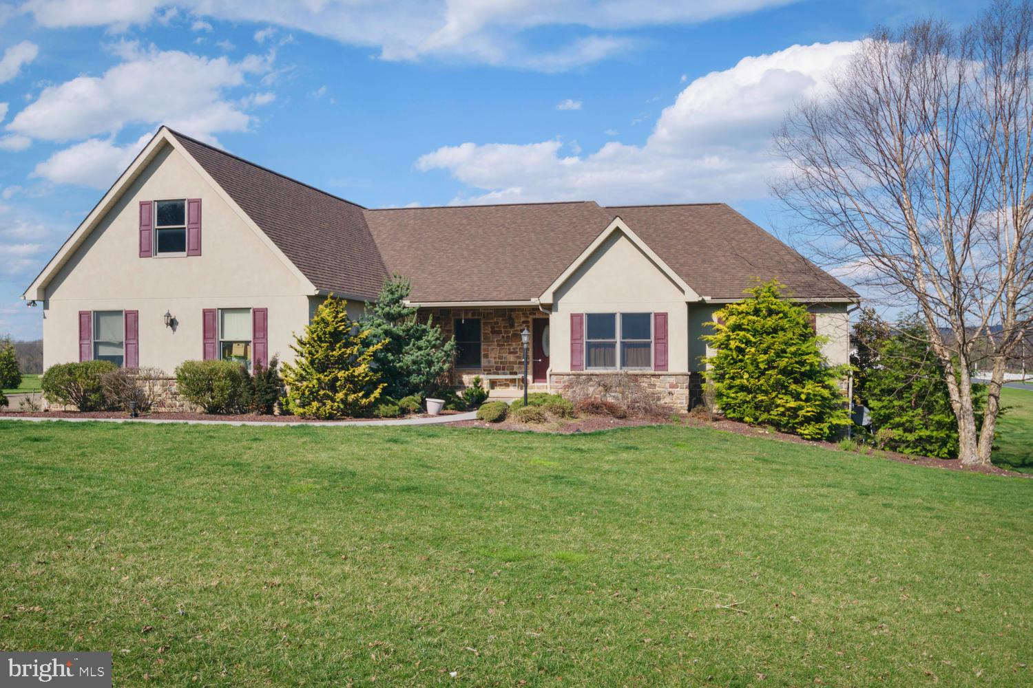 379 FAIRVIEW ROAD, NEW PROVIDENCE, PA 17560