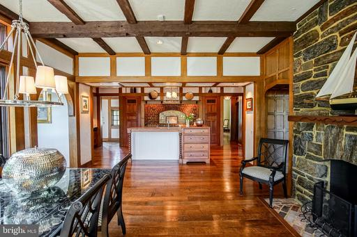 869 CHILDS POINT ROAD, ANNAPOLIS, MD 21401  Photo
