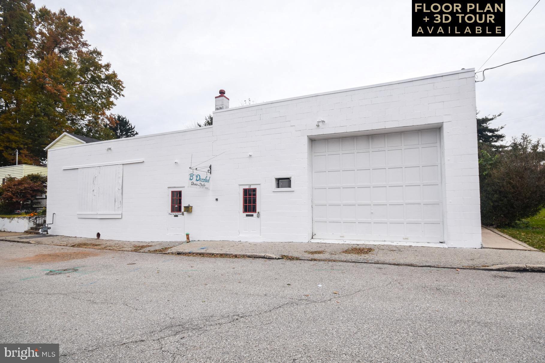 17 W HOWARD STREET, DALLASTOWN, PA 17313