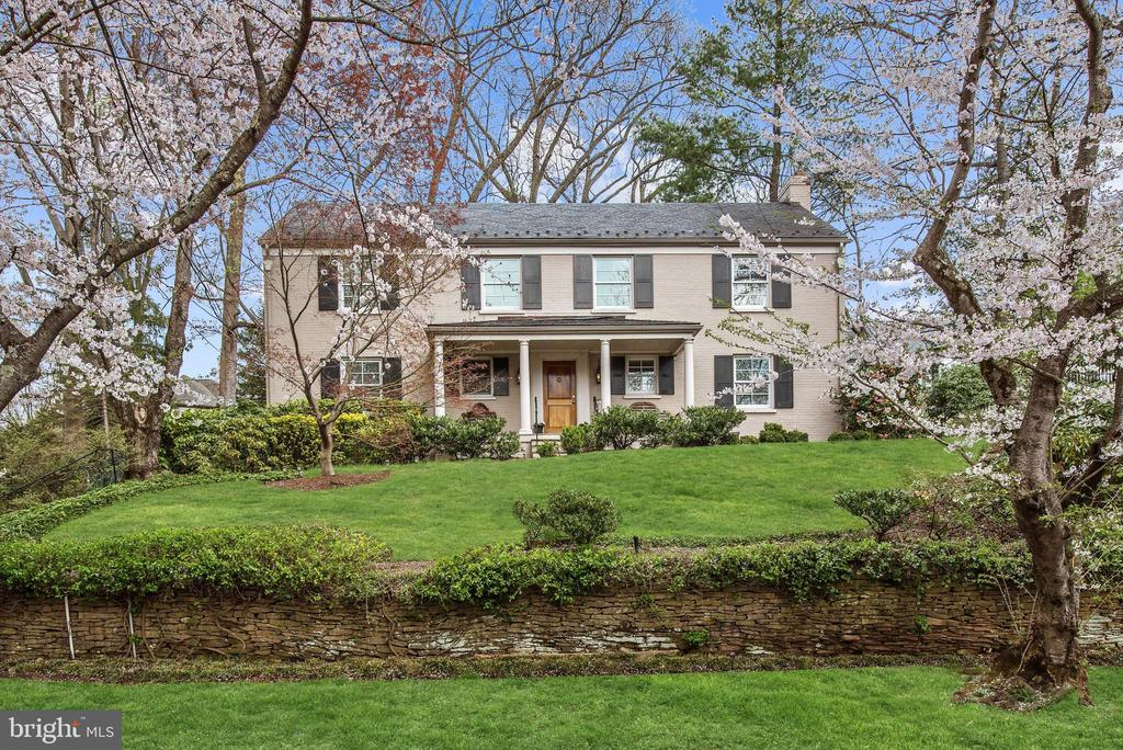 Special Opportunity! Beautiful 5-6BR Colonial in coveted Kenwood! Main Level features chef's Kitchen with large island and all the bells&whistles open to large Breakfast area and Family Room; gracious formal LR with fireplace; spacious DR; first lvl Office or Guest Room; discreetly located full Bath; expansive Terrace with landscaped yard. Second Level offers generous Owners' Suite with ensuite spa-like full Bath, separate shower and three additional Bedrooms with large closets; Full Hall Bath; Third Level has bonus Bedroom and exceptional storage; finished Lower Level with full Bathroom, Laundry room,versatile space for au pair suite, guest room, play room, gym; attached Two-Car Garage. Generator, irrigation system too!...Nearby Capital Crescent Trail, downtown Bethesda, and easy commute to DC! OPEN SAT 4/27 2-4pm
