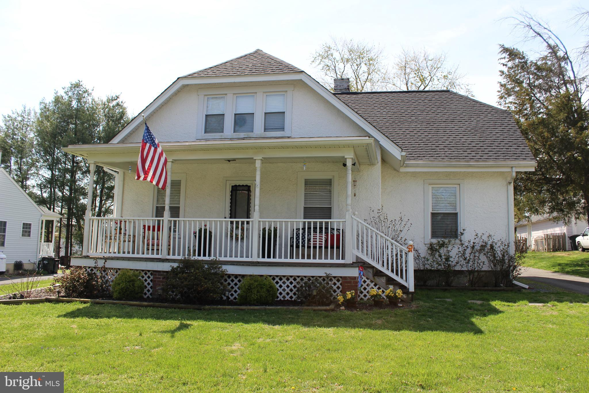 230 W J Street, Purcellville, VA 20132 - SOLD LISTING, MLS # VALO380466 |  RE/MAX of Reading