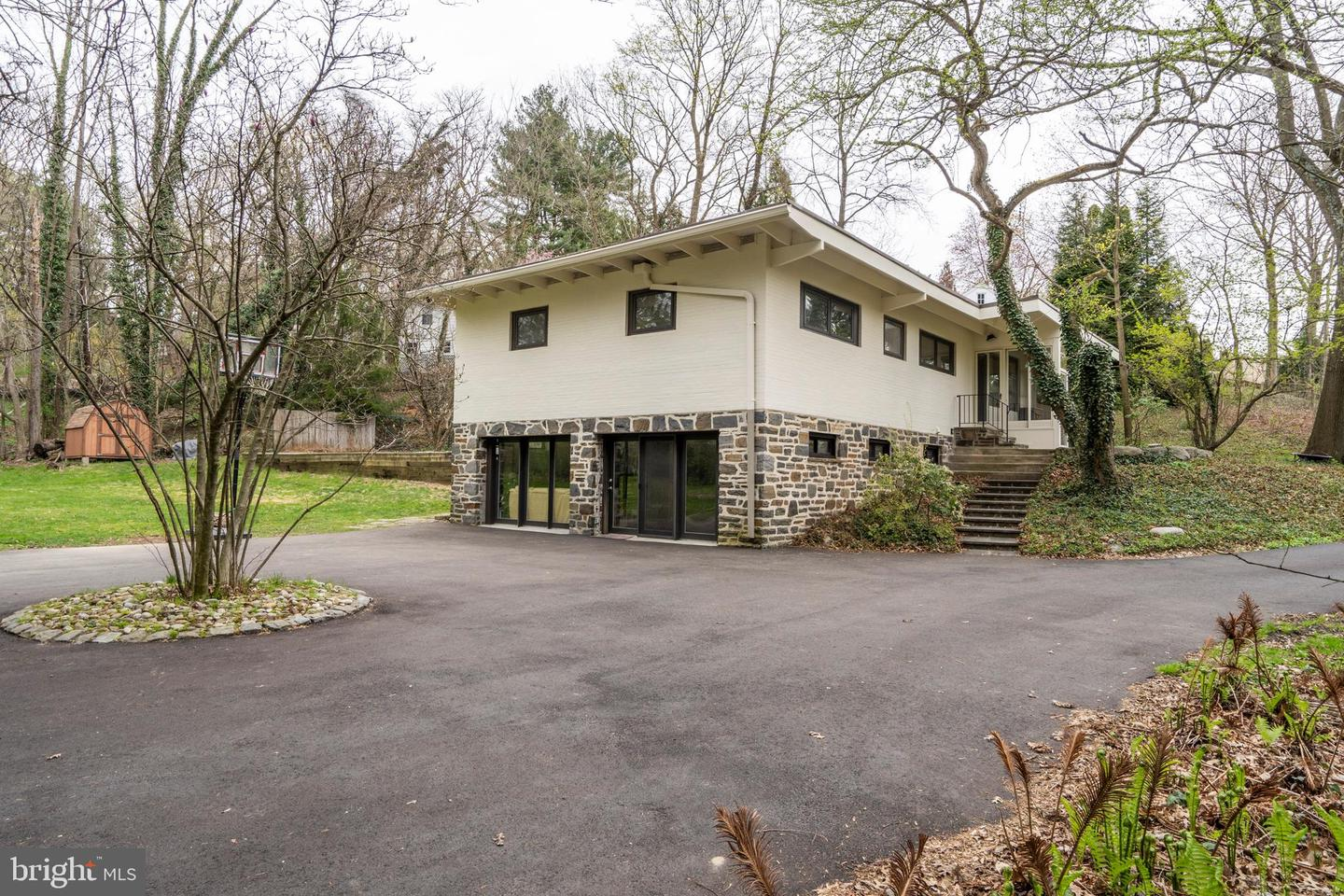 631 Righters Mill Road Narberth, PA 19072