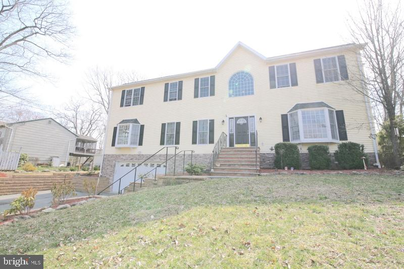 39 INDIAN TRAIL, ANDOVER, NJ 07821