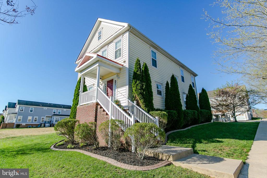 17258 EASTER LILY MEWS, RUTHER GLEN, VA 22546