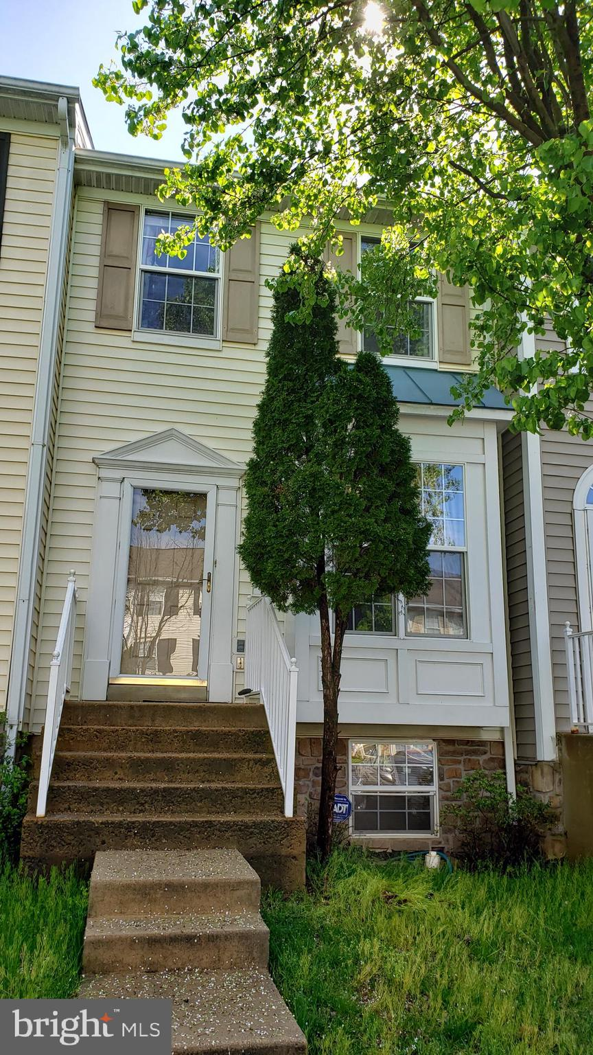 Great Location, It is conveniently located near~ of I-95, Potomac Mills Mall, Restaurants, Grocery Stores, Commuter Lots, and much more. Bus stop at entrance to subdivision. 3 level townhouse with 3 bedrooms and 2 & 1/2 bathrooms. Granite in large eat-in kitchen. Fully finished walk out basement. Fenced backyard. Deck off kitchen overlooks trees, not neighbors.