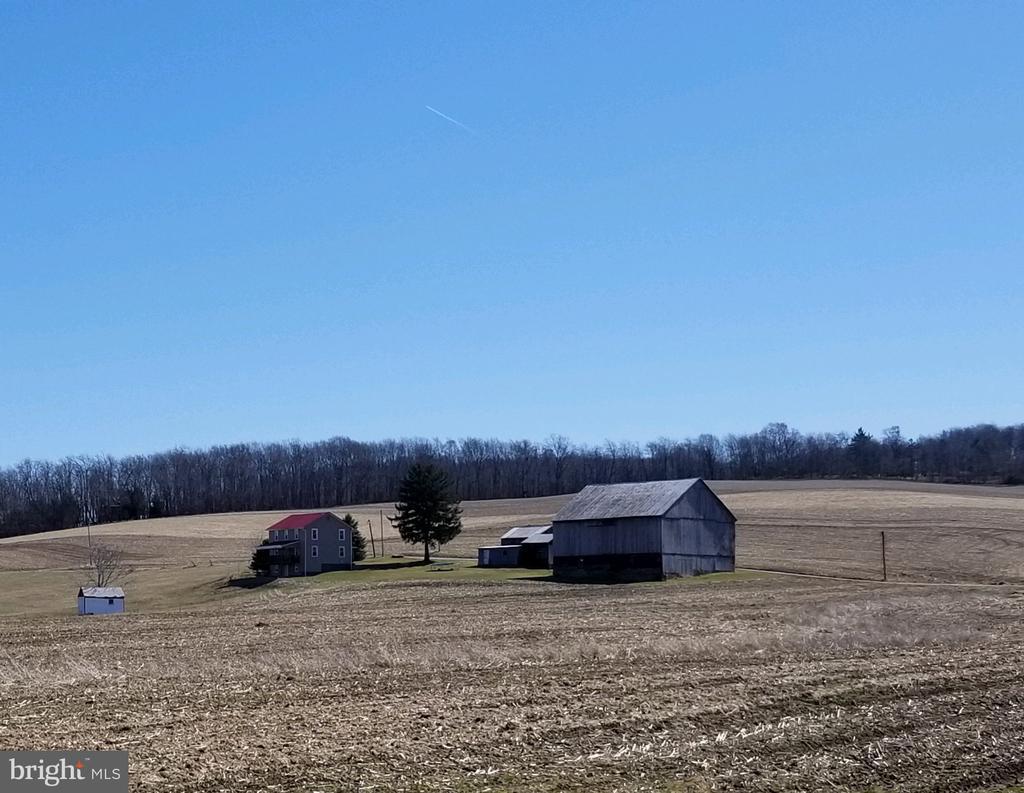 653 HUTTER FARM ROAD, MT PLEASANT, PA 15666