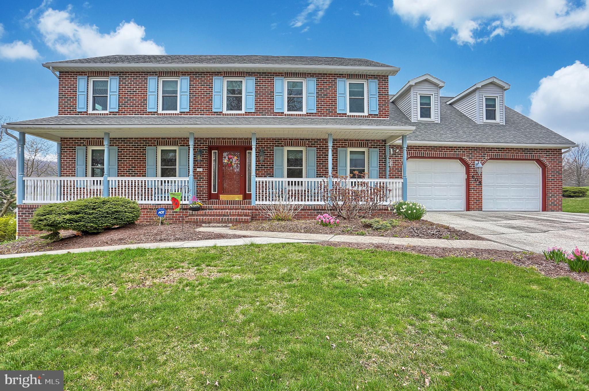 605 ANTLER ROAD, LEWISBERRY, PA 17339