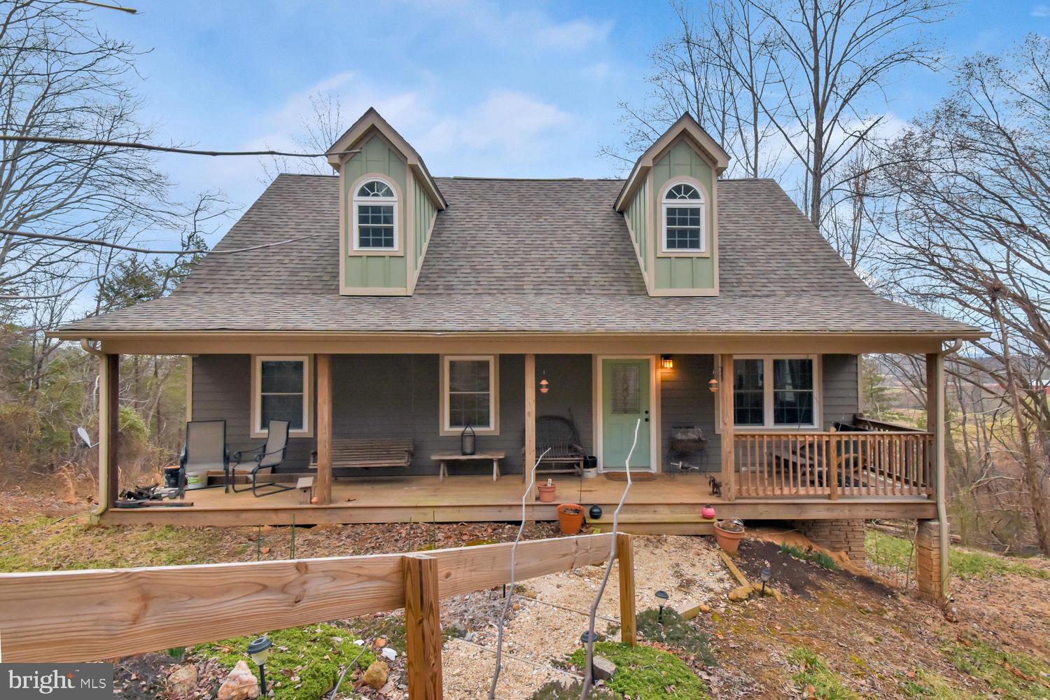 572 FARMVIEW RD, STANARDSVILLE, VA 22973