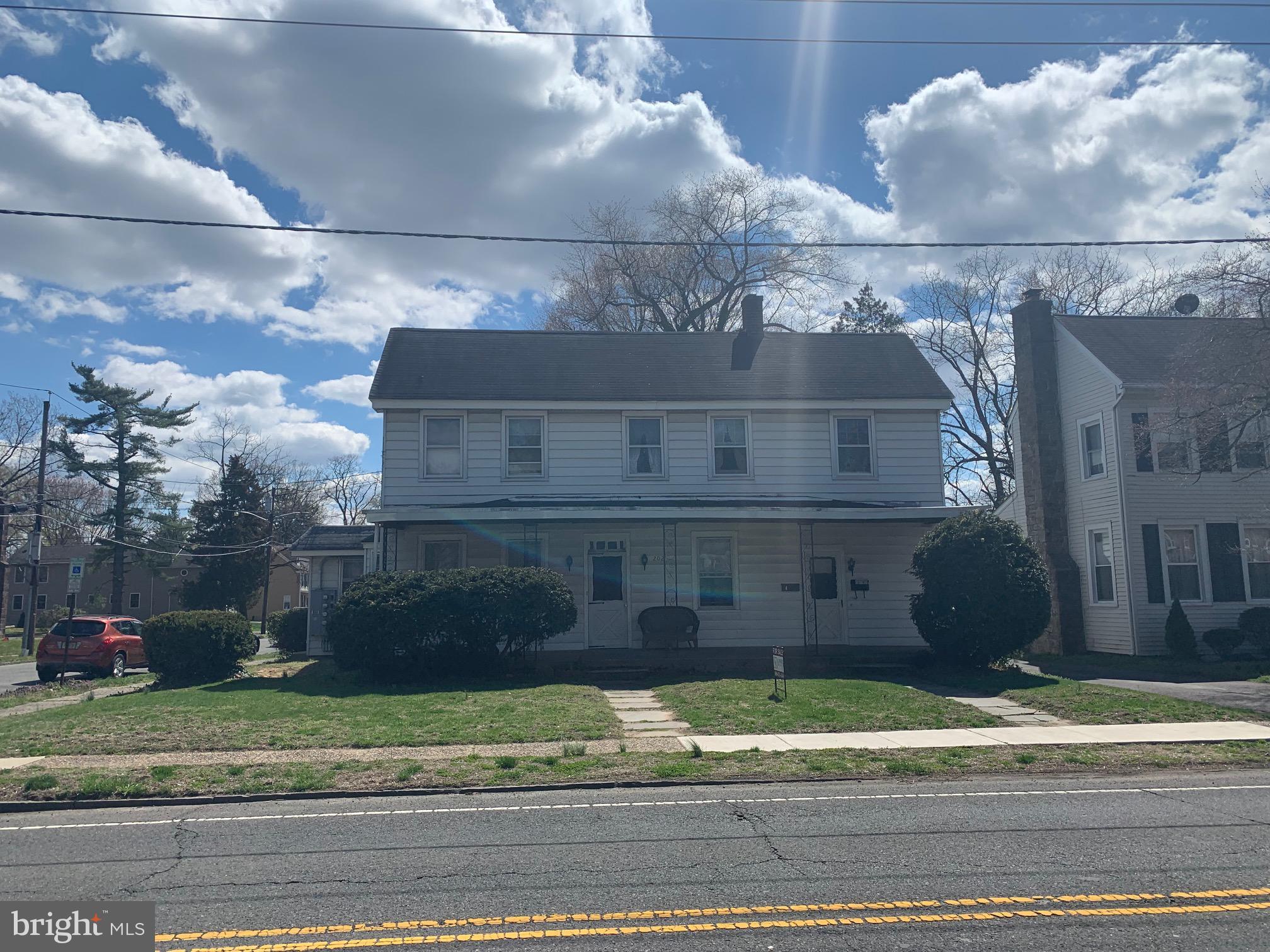 202 WARREN STREET, BEVERLY, NJ 08010