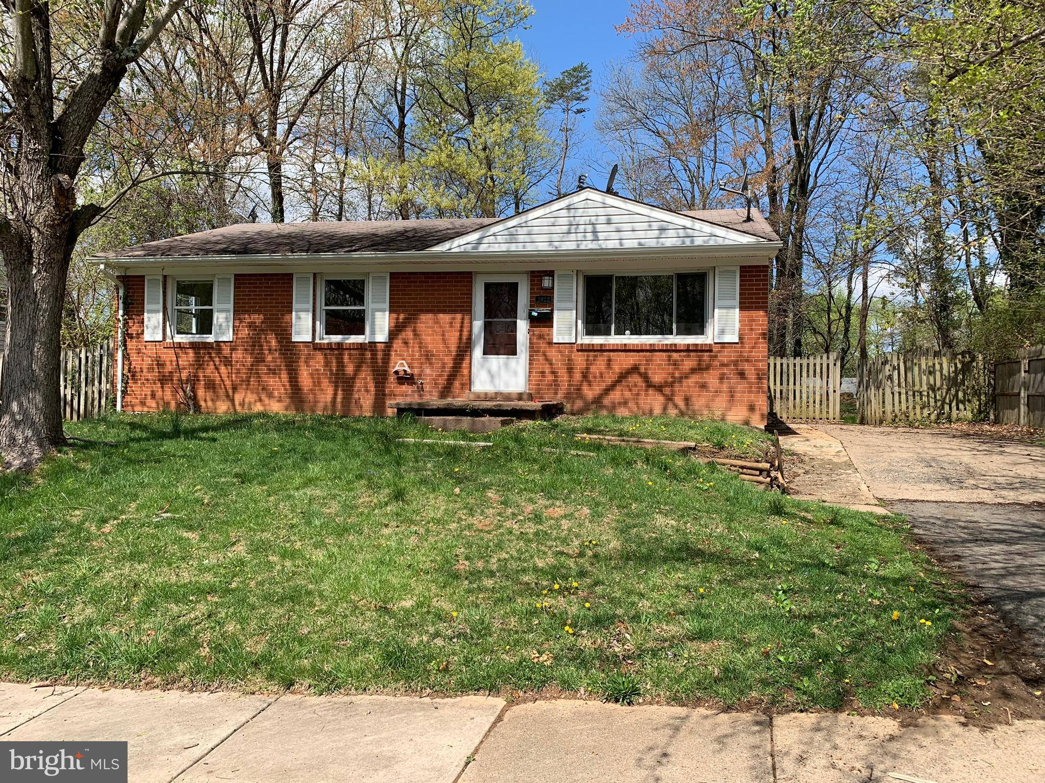Great opportunity!! 3 BR 2 FB house with a recently renovated kitchen and a spacious backyard. Close to I-95, shopping centers, transportation and commuter lots. Sold As-Is. Property needs some repairs to bring it to its full potential! Send your highest and best offers