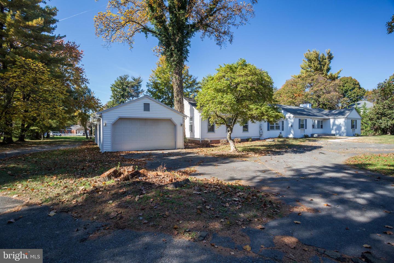 8970 Brook Road   - Fairfax, Virginia 22102