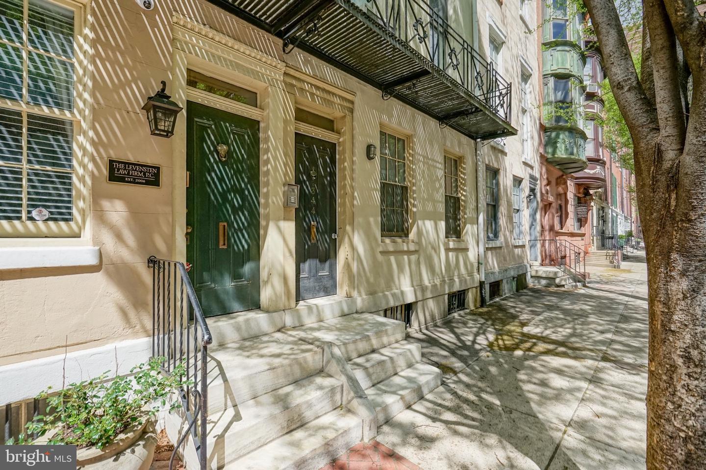 344 S 15TH Street #3 Philadelphia, PA 19102