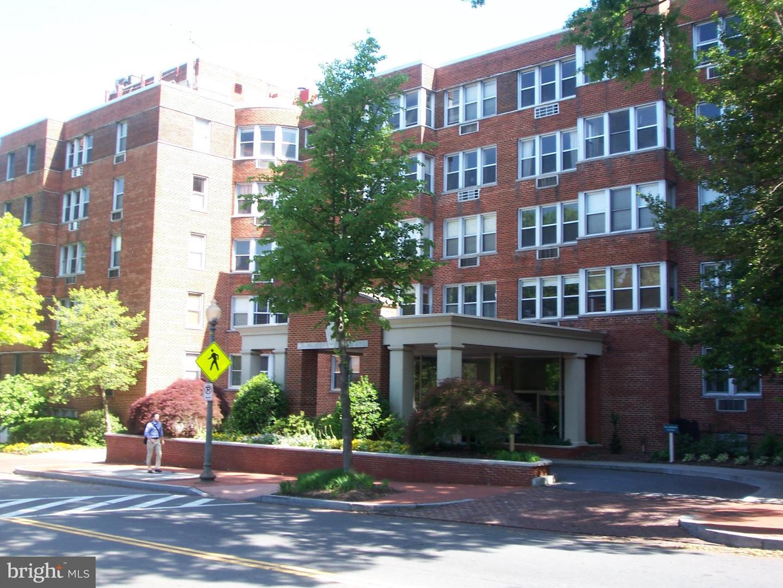 2500 Q Washington DC 20007
