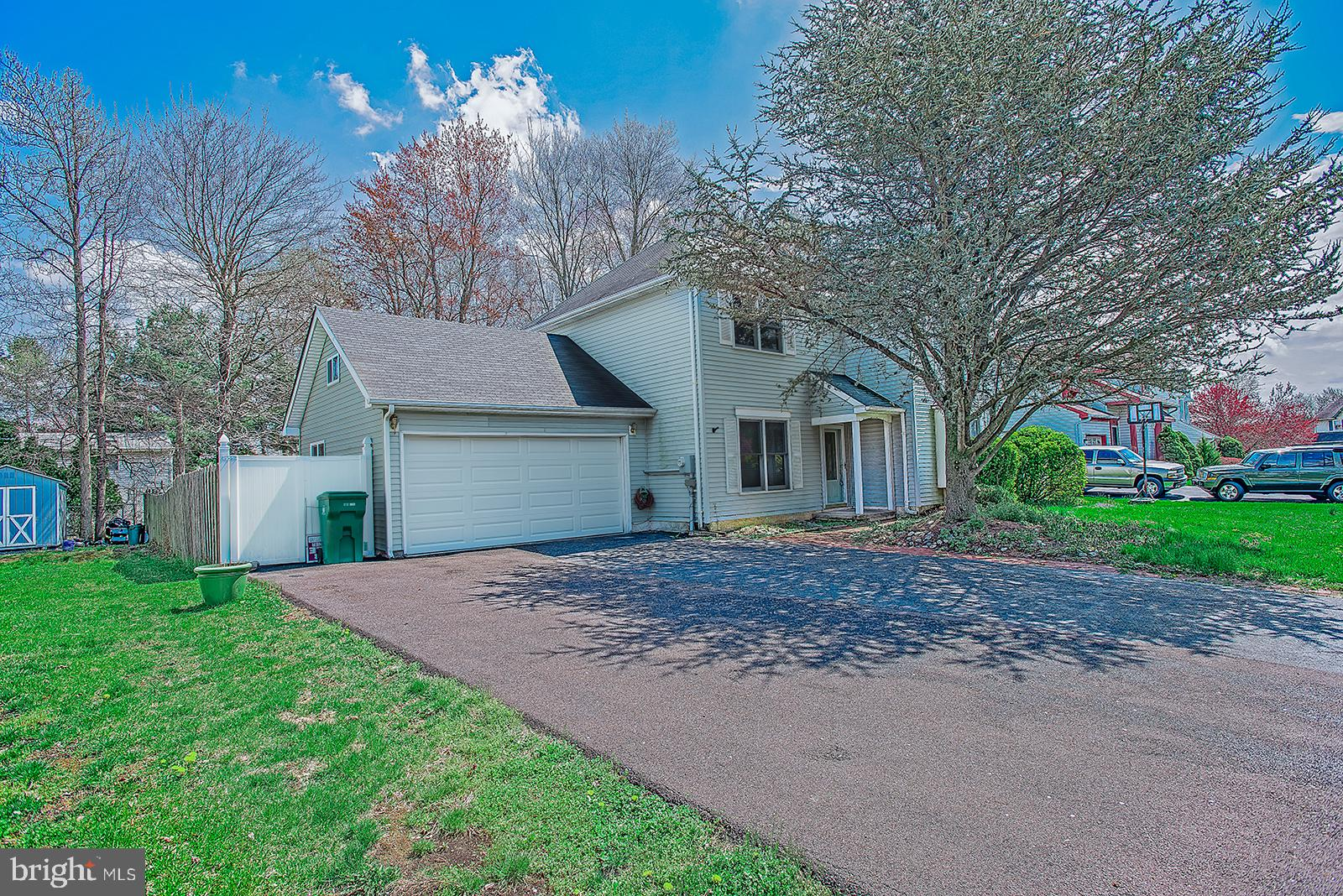 551 STANFORD ROAD, FAIRLESS HILLS, PA 19030