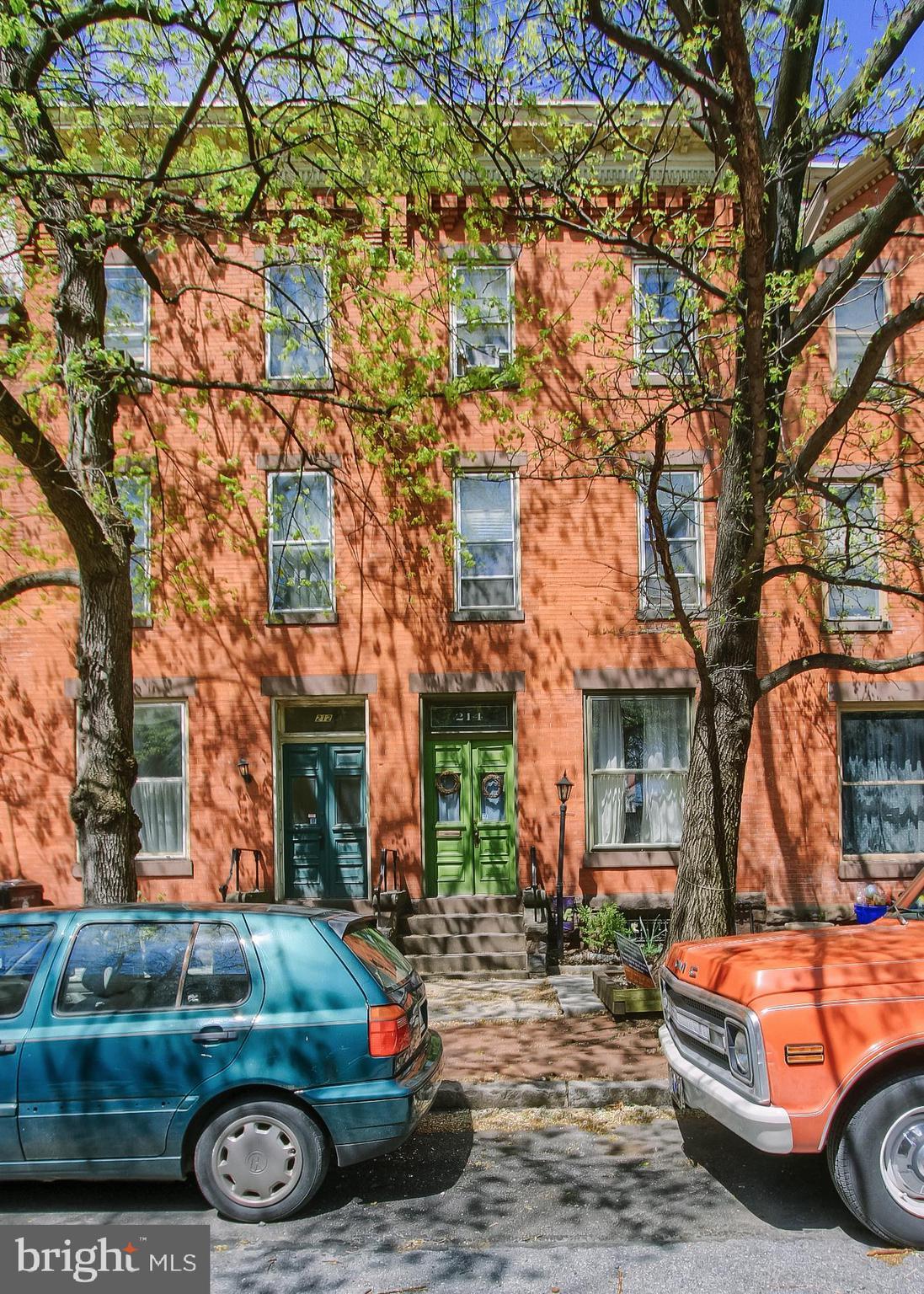 214 HAMILTON STREET, HARRISBURG, PA 17102