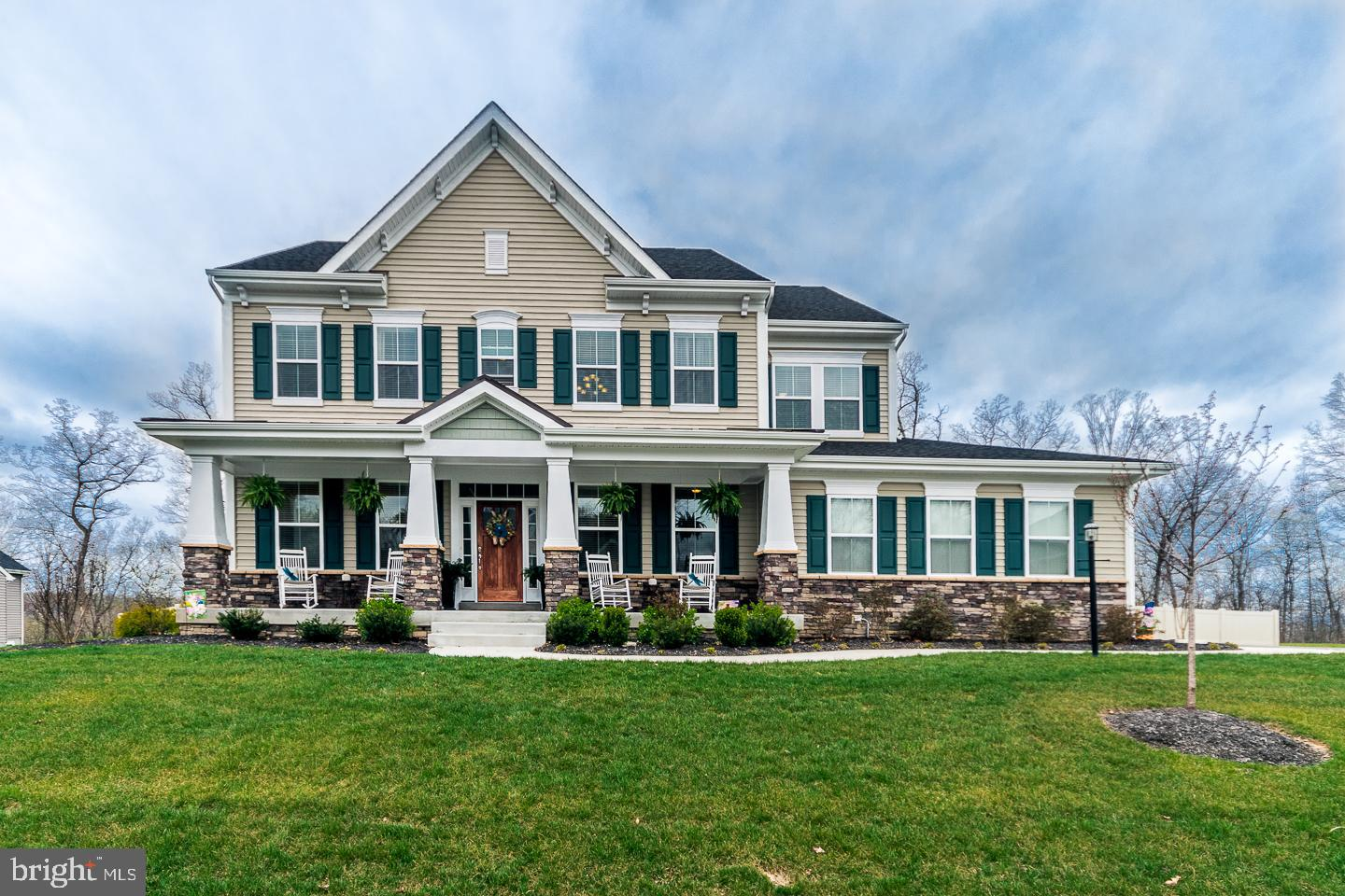 258 TRIBUTARY TRAIL, FALLING WATERS, WV 25419