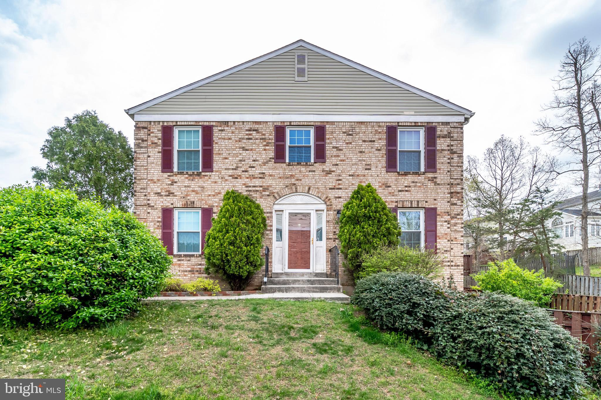 Spacious end unit town home. Stainless steel applicances, hardwood floors, recently refinished walk out basement. Two reserved parking spots. Roof, windows, HVAC and Hot water heater replaced in 2014. Located 1/2 mile from Potomac Mills. Close to Stonebridge Town Center, I95, Bus and Commuter Lots.