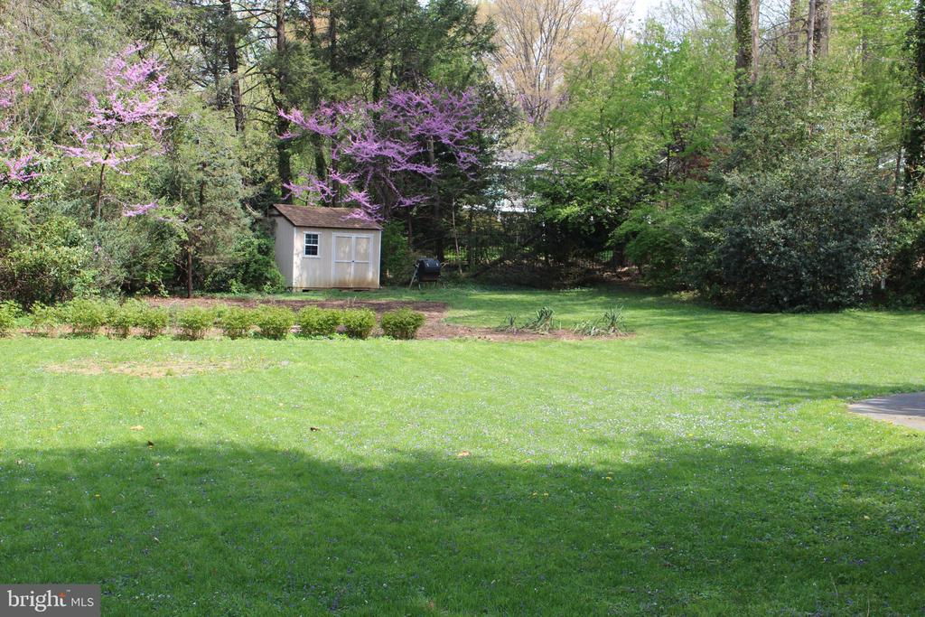 6450  LILY DHU LANE, one of homes for sale in Falls Church
