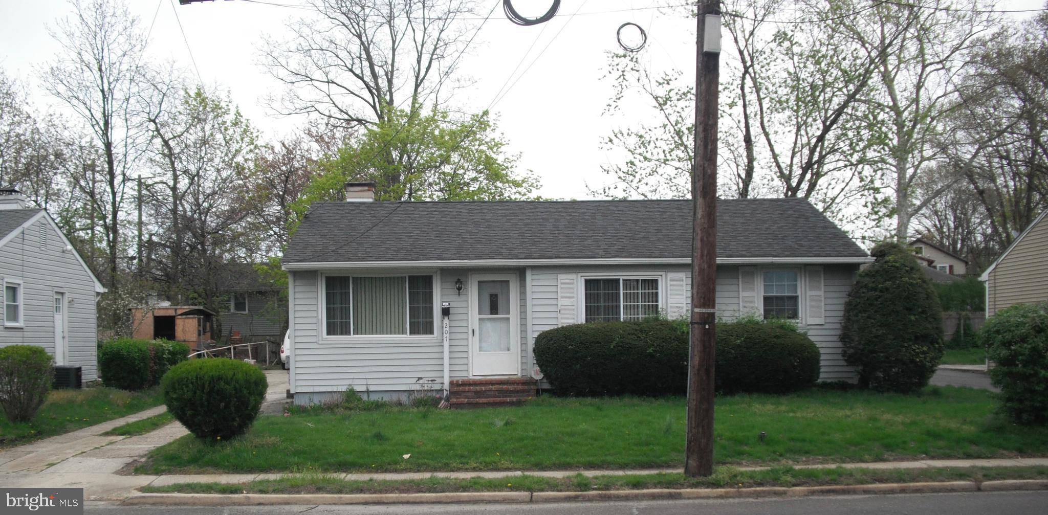 207 S. WARWICK ROAD, LAWNSIDE, NJ 08045