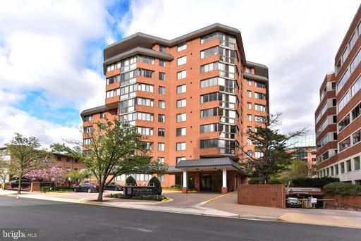 Photo of 1001 N Vermont St #813