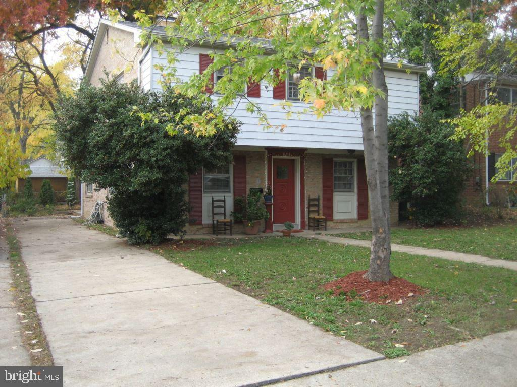 604 N Garfield St, Arlington, VA 22201