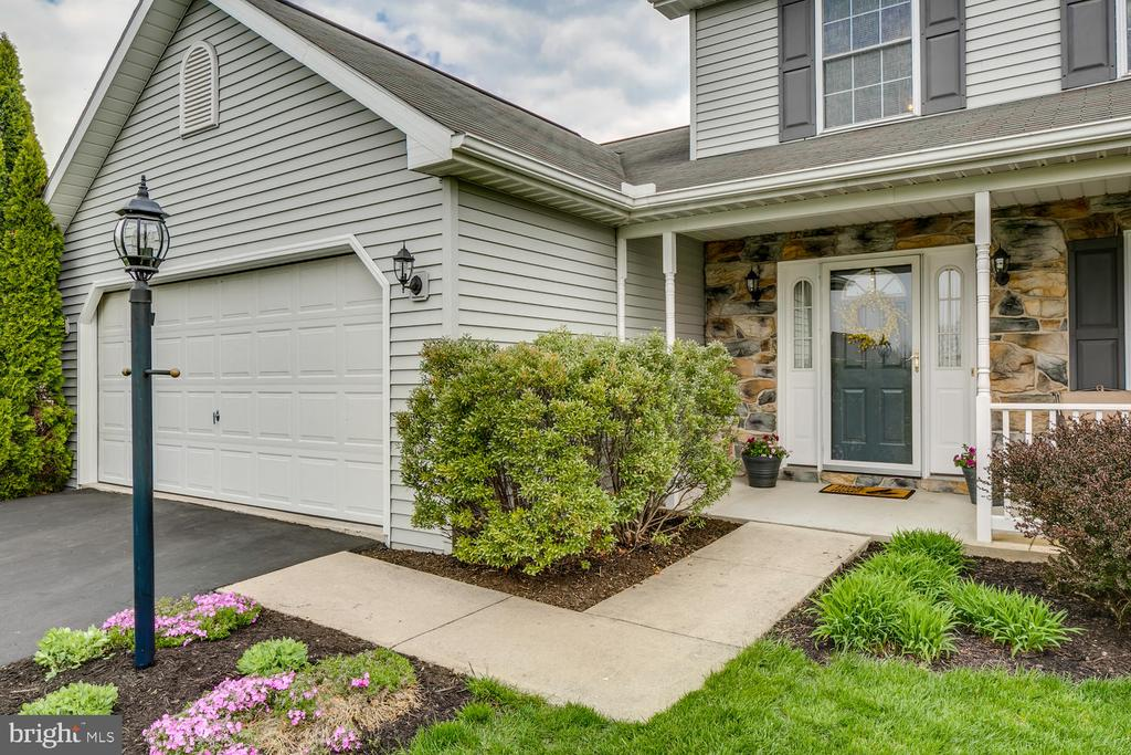 132 ORCHARD HILL DRIVE