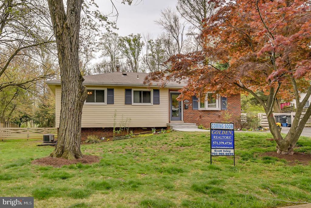 3621 Cornell Rd, Fairfax, VA 22030