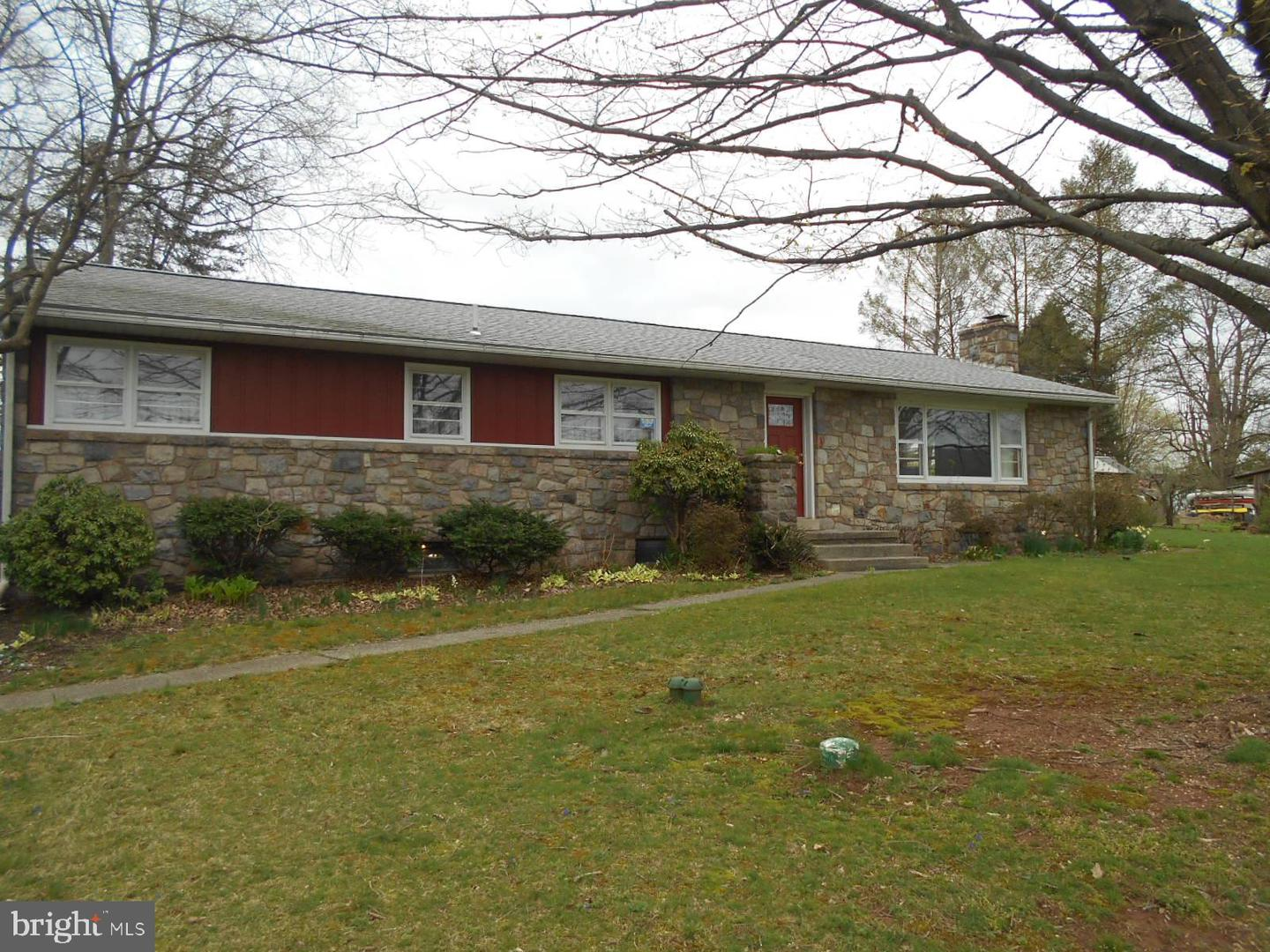 Photo of 25 Chapel Road, Geigertown PA