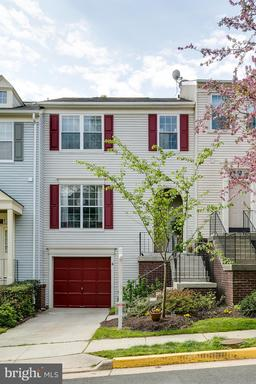 12208 Wye Oak Commons Cir #48