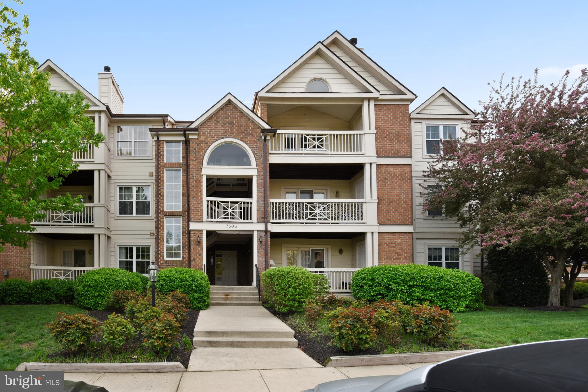 Spacious & well-maintained first floor 2-bedroom & 2-bathroom, Coventry model, within Stratford Place in Kingstowne. Upon entering this unit you will be greeted by expansive living / dining area that opens to the kitchen on one end and patio door to the balcony on the other.  The living room features a wood-burning fireplace; HDMI and cable wires are in place above to mount television, if desired.  The kitchen is large enough for an eat-in area and has a breakfast bar over-looking the living area.  The master bedroom suite includes dimmable recessed lighting and two cedar-lined closets with built-in organizers and full-length mirrored closet doors. The master bath features a garden-style tub, dual vanity and upgraded lighting. The balcony is accessible from both the living room and the second bedroom and has an additional storage closet.  Unit has assigned parking and the community has ample visitor parking for guests.  Conveniently located in the heart of Kingstowne, minutes from great shopping, dining, movies & Wegmans. Less than 10 miles to Old Town Alexandria, less than 5 miles to Ft Belvoir, & just 2 miles to Franconia Springfield Metro, with easy access to 395, 495 and 95. Access to all of the Kingstowne amenities are included.  About Kingstowne: Kingstowne is an urban community of over 5,300 homes located in Alexandria, Virginia, just 12 miles from the nation's capital.  Its location provides quick access to the Capital Beltway, Franconia-Springfield and Van Dorn Street Metro stations on Washington's Metrorail system.Tree lined streets with a variety of housing ranging from apartments to estate single family homes and a vibrant town center makes Kingstowne a great place to live and work.  Residents enjoy amenities including miles of walking trails, a beautiful lake, two outdoor swimming pools, tennis and volleyball courts, numerous tot lots, an aerobics studio and two state of the art fitness centers.  Every effort has been made to maintain much of its 1,200 