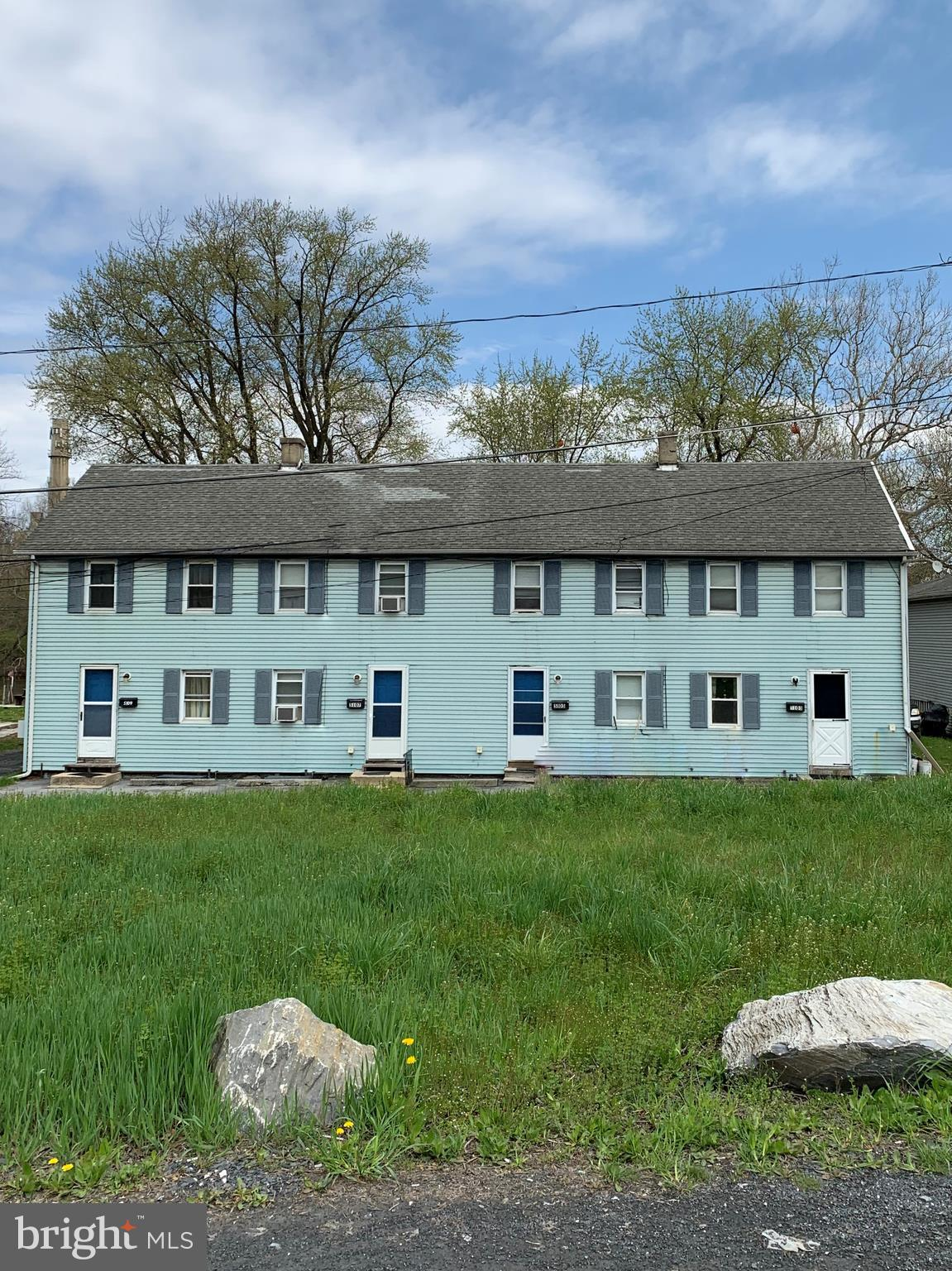 5103 RAILROAD STREET, WHITEHALL, PA 18052