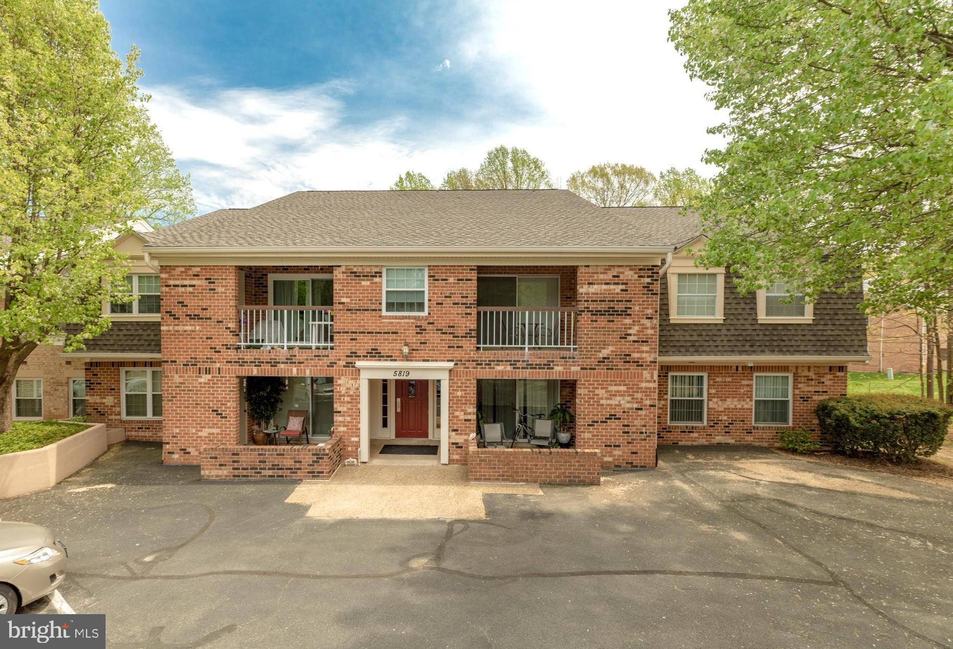 Model perfect condo on ground level with walk out from patio to common area, tot lot and walking path. Features include beautifully remodeled eat-in kitchen w/ stainless appliances, granite counters, gas cooking & new cabinets & lights, full size newer washer & dryer, windows & sliders replaced, elegant crown moldings, wood type flooring in all rooms, spacious master suite w/ walk-in closet + 3 additional closets, private patio, newer HVAC, full sized finished 15 X 6 storage room off the kitchen could be a library or exercise room & more. Plenty of visitor parking. Community pool, tennis, tot lots & walking trails.