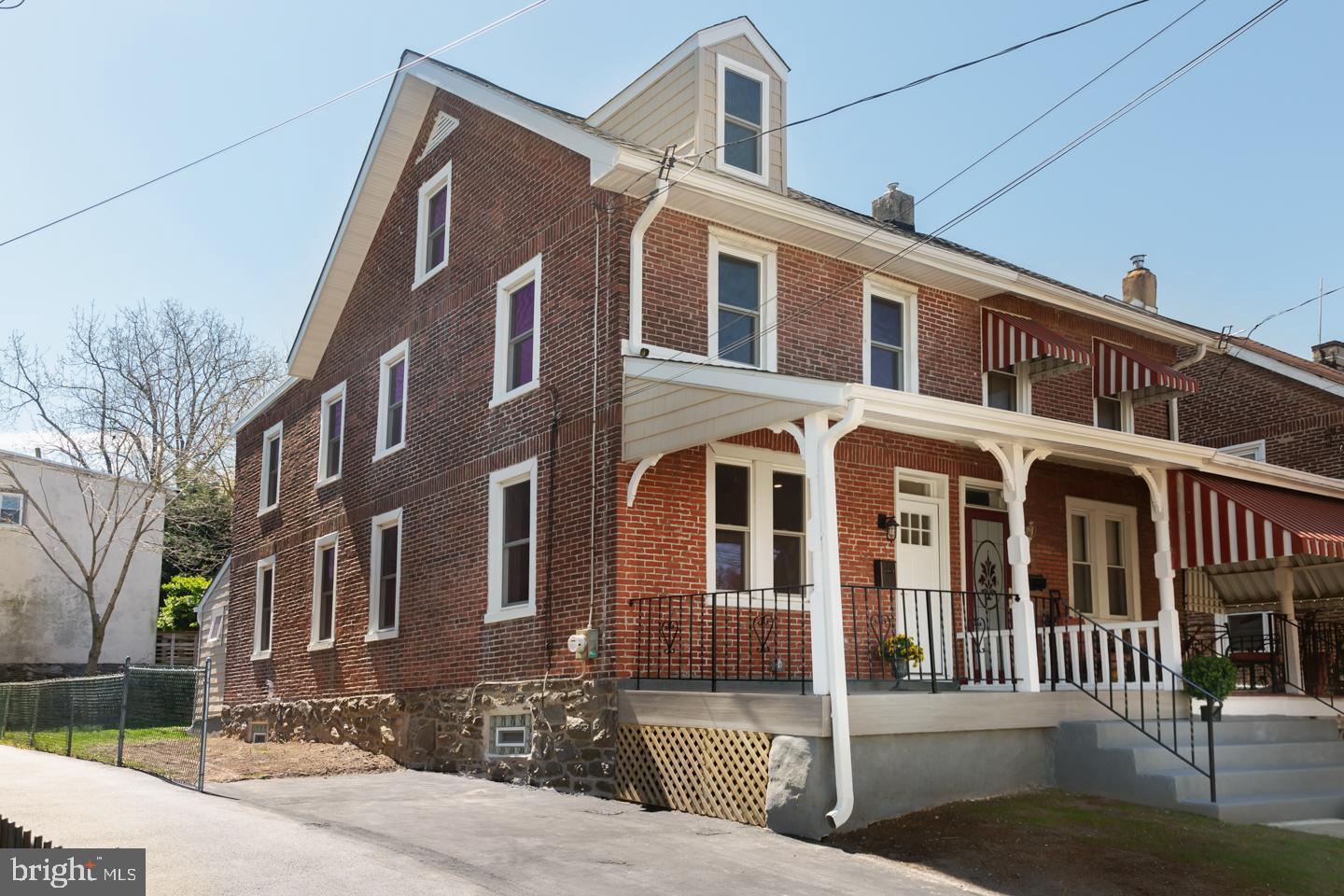 221 Chestnut Avenue Ardmore, PA 19003