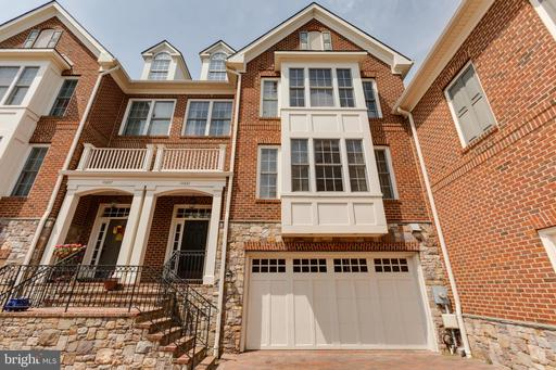 Property for sale at 10661 Yorktown Dr, Fairfax,  Virginia 22030