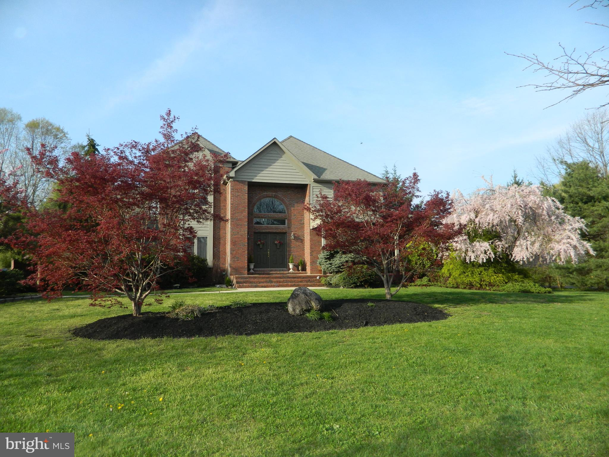 2 ROSEWOOD DRIVE, CHESTERFIELD, NJ 08515