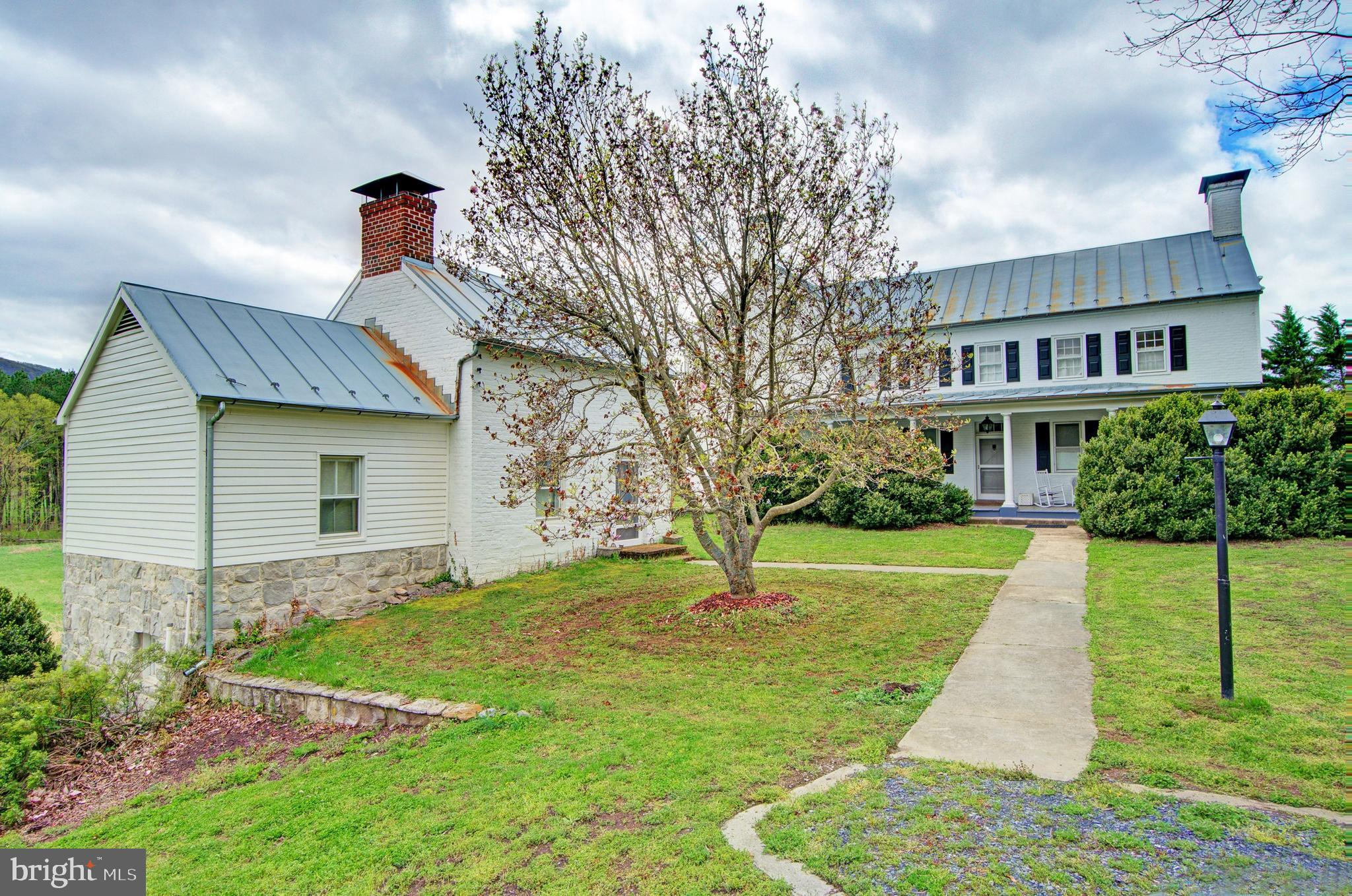 2748 ZION CHURCH ROAD, MAURERTOWN, VA 22644