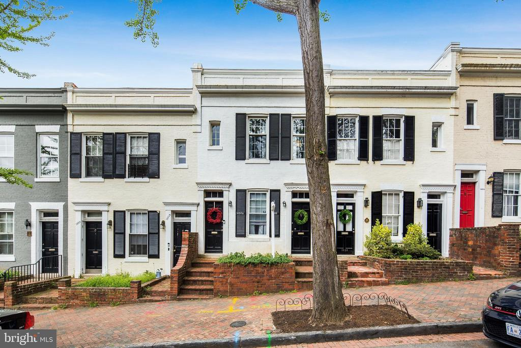 Incredible investment opportunity in unbeatable location in Georgetown. Both units currently below market rents, and on month-to-month leases.  Federal style, multi-family,  Duplex, has been updated and well maintained over the years.  Features include: hardwood floors, updated kitchen, 2 bedrooms on each side, rear outdoor space and walking distance to all Georgetown has to offer. Each unit separately zoned and metered. Many updates over the years to modernize the home making it completely move-in-ready! Incredible buy and hold investment opportunity!