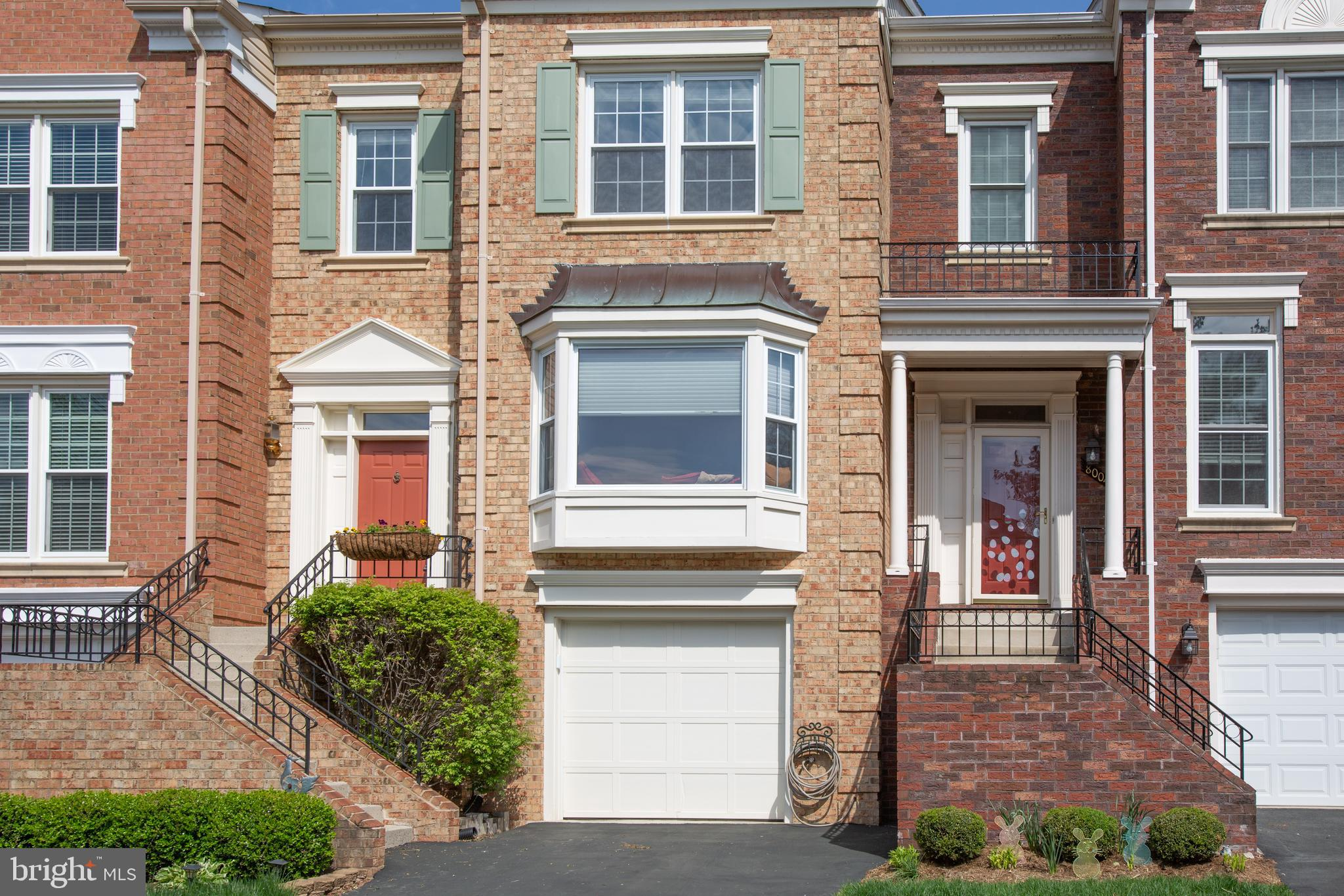 Pride of ownership is displayed in this 3 level townhome and quite obvious...move in ready.  It sparkles from top to bottom, inside and out; no stone left unturned.  If you are looking for a home in immaculate condition, STOP, look no more.  Granite counters, stainless, hardwoods, built-ins; fresh paint, cleaned carpets, restained deck, manicured yard, serviced furnace and garage.    Metro and Interstate. Home is where the heart is...bring your heart here. Open: 5/19/19 1:00-3:00pm