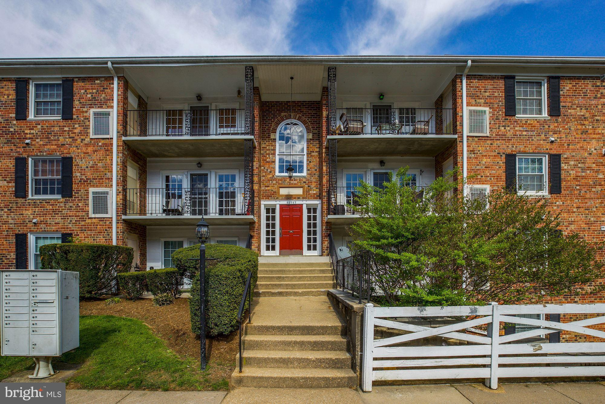 "WOW! Walk out to your balcony door and see the river right in front of you. Great location close to Occoquan, Woodbridge, 123, 95, commuter lots, schools. All amenities for the development are right in front of you! 2 beds 2 baths with a very large kitchen and pantry. 1/2 flight of stairs up once you enter the building. Easy access front. One assigned parking space with hanging pass for one other. Home sold strictly ""as is."""
