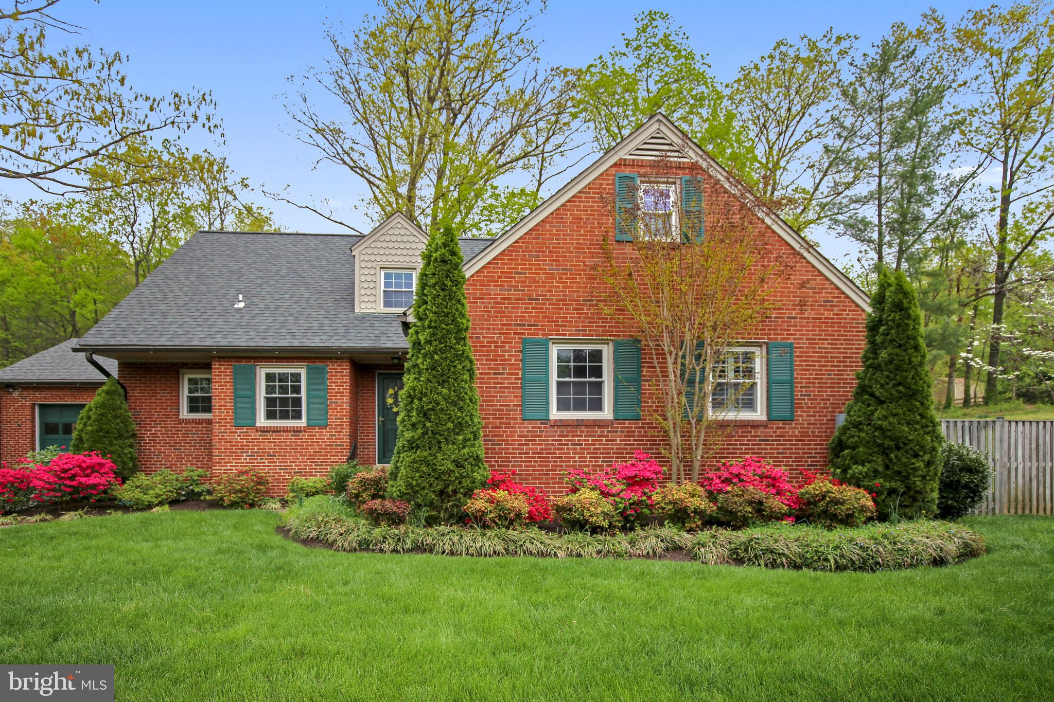 OPEN HOUSE, SUNDAY, JUNE 16, 2-4 P.M.  GORGEOUS HOME.OPEN HOUSE, SUNDAY, JUNE 16, 2-4 P.M.  GORGEOUS HOME.  3 Levels =3672 Square Feet plus a Salarium This is a large home!!! Looking at this home from the road is deceiving.  It is an all brick 5 bedroom, 3.5 bath, over-sized two-car garage custom-built home by Crane in historic Wilton Woods on a large private lot,.3596 acres, backing to the trees. Gorgeous professionally landscaped front and backyard including a patio and shed. Enclosed light-filled, year-round solarium facing the backyard. New upgrades include:  water heater, roof, paint, sump pump, HVAC on Lower Level, Main and Upper Levels, kitchen with granite counters,  The living room is richly paneled with a fireplace with an electric insert,  Recessed lighting. The basement is fully finished with a half-bath, and it is a walk-up.  Sprinkler System. Minutes to Huntington, King Street and Braddock Metros, Old Town, Reagan National Airport, and DC..