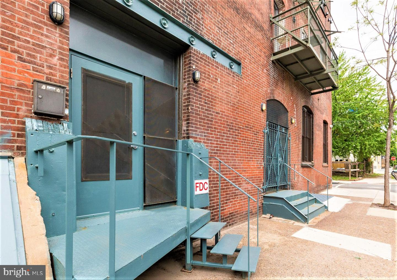 2042 Amber Street #103 Philadelphia, PA 19125