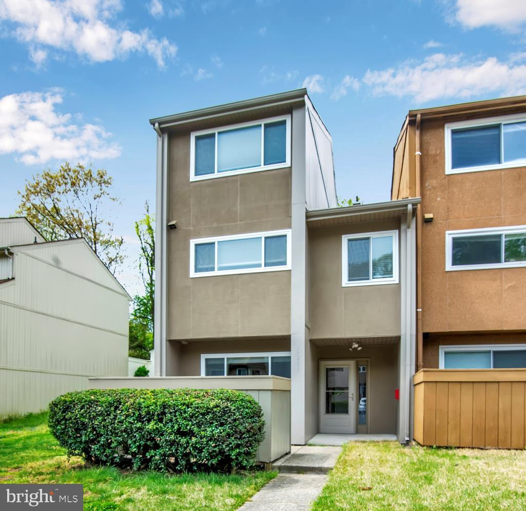This 3 bedroom contemporary end-unit townhouse will immediately feel like home. Gorgeously upgraded with modern touches throughout. Walls were opened-up for a welcoming open flow concept.  Over 1,568 sqft of Space! Updated Kitchen has Stainless Steel Appliances and Beautiful Granite Counter-Tops on High-Quality Cabinets. Bright and Airy Living Room and Dining Area on Main Level. Two large bedrooms upstairs & a possible 3rd Bedroom on the Ground-Level. The backyard is private & relaxing. The house is located 1.5 miles from the Wegman's Potomac Town Center & I95. End of Street also backs up to Rippon Middle School w/ convenient walkway to School Fields!