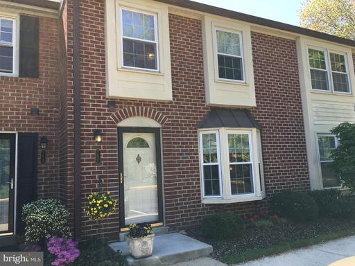 5621 Independence Cir, Alexandria, VA 22312