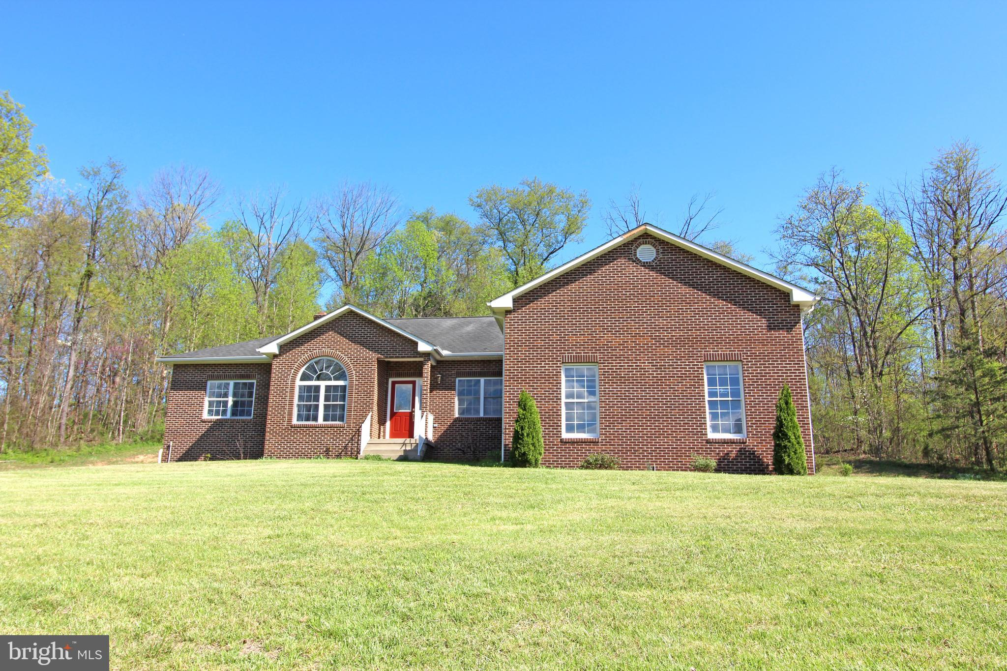 18078 SENEDO ROAD, EDINBURG, VA 22824